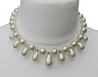 Vintage Faux Glass Pearl Drop Necklace