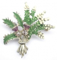 Vintage Lucky White Heather Brooch by Exquisite