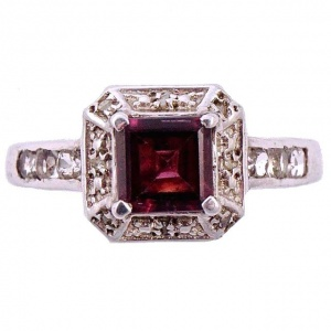 Sterling Silver Faux Garnet Ring with Diamantes circa 1990s