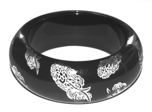 Vintage Black Lucite Bangle with Silver Confetti