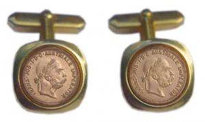 Vintage Gold Tone and Coin Cufflinks
